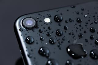 iPhone水没イメージ